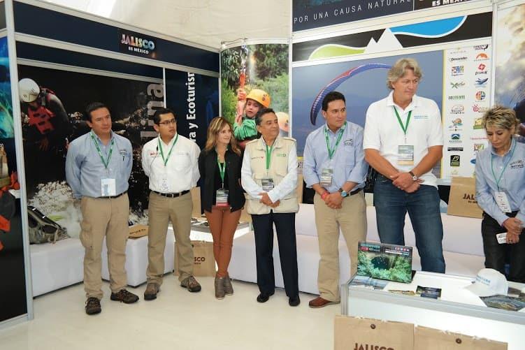 firma-convenio-amtave-adventure-mexico-travel-atmex